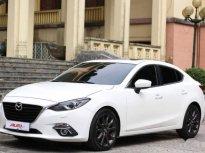 Bán Mazda 3 2.0 SkyActive 2015, màu trắng  giá 618 triệu tại Thái Nguyên