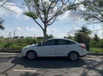 Cần bán gấp Ford Focus Titanium 2.0AT đời 2013, màu trắng giá 520 triệu tại Cần Thơ