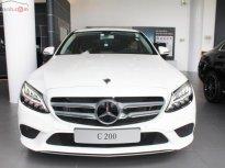Bán xe Mercedes C200 đời 2019, màu trắng giá 1 tỷ 499 tr tại Tp.HCM