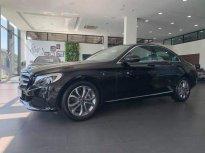 Cần bán xe Mercedes C200 2018, màu đen như mới giá 1 tỷ 469 tr tại Tp.HCM