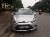 Tôi bán chiếc xe Ford số sàn như hình giá 295 triệu tại Hà Nội