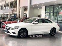 Cần bán Mercedes C200 đời 2019, màu trắng giá 1 tỷ 380 tr tại Hà Nội