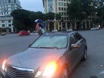 Bán xe Mercedes E300 sản xuất 2010, màu bạc giá 770 triệu tại Hà Nội