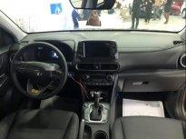 Cần bán Hyundai Elantra năm sản xuất 2019, màu trắng, giá cực ưu đãi giá 745 triệu tại Hà Nội