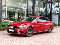 Cần bán gấp Mercedes C200 2019 màu Đỏ chạy lướt giá cực tốt giá 1 tỷ 399 tr tại Hà Nội