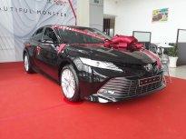 Cần bán Toyota Camry 2.5Q đời 2020, màu đen, nhập khẩu nguyên chiếc giá 1 tỷ 235 tr tại Tp.HCM