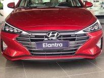 Cần bán Hyundai Elantra năm 2019, màu đỏ giá cạnh tranh giá Giá thỏa thuận tại Tp.HCM