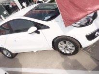 Bán xe Kia Rio sản xuất 2017, màu trắng, xe nhập chính chủ giá 385 triệu tại Tp.HCM