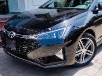 Cần bán Hyundai Elantra đời 2019, màu đen xe nội thất đẹp giá Giá thỏa thuận tại Tp.HCM