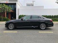 Bán Mercedes E200 năm sản xuất 2018, màu đen, chính chủ giá 1 tỷ 790 tr tại Tp.HCM