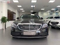 Bán ô tô Mercedes đời 2018, màu đen, giá tốt giá 1 tỷ 600 tr tại Tp.HCM