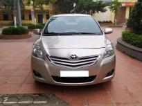 Gia đình cần bán chiếc xe ô tô TOYOTa Vios 1.5E màu ghi vàng SX 2014 giá 298 triệu tại Hà Nội