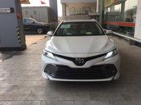 Cần bán xe Toyota Camry 2.5Q đời 2020, màu trắng, giảm giá sâu. LH 0988.611.089 giá 1 tỷ 243 tr tại Hà Nội