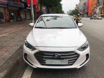 Cần bán lại xe Hyundai Elantra 1.6MT đời 2017, màu trắng chính chủ giá 470 triệu tại Hà Nội