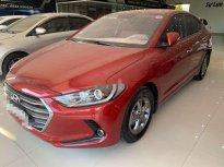 Cần bán gấp Hyundai Elantra 2017, màu đỏ giá 450 triệu tại Nghệ An