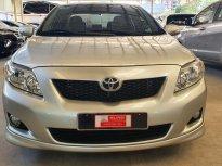 Cần bán lại xe Toyota Corolla altis 2.0V đời 2010 lướt, màu bạc giá 495 triệu tại Tp.HCM
