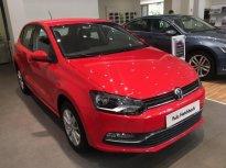 Volkswagen Polo Hatchback, màu đỏ, nhập khẩu nguyên chiếc, tặng LPTB, tặng quà hấp dẫn kèm hỗ trợ trả góp 0% giá 695 triệu tại Quảng Ninh