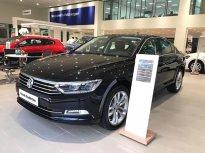 Bán Volkswagen Passat Bluemotion Comfort đời 2017, màu đen, nhập khẩu giá 1 tỷ 380 tr tại Quảng Ninh