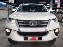 Cần bán lại xe Toyota Fortuner 2.4MT đời 2018, màu trắng, xe nhập giá Giá thỏa thuận tại Tp.HCM