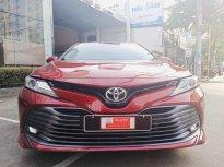 Xe Toyota Camry 2.5Q sản xuất 2020, màu đỏ, nhập khẩu chính hãng, giá giảm cực sốc chỉ một chiếc duy nhất giá 1 tỷ 390 tr tại Tp.HCM