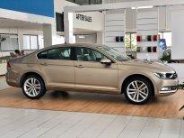Bán Volkswagen Passat đời 2016, nhập khẩu chính hãng giá 1 tỷ 260 tr tại Quảng Ninh