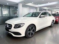 Bán Mercedes E180 2020, siêu lướt màu trắng, nội thất nâu giá cực tốt giá 1 tỷ 999 tr tại Hà Nội