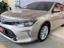 Cần bán xe Toyota Camry 2.0E đời 2018, màu nâu vàng Chất như mới - Giá cực đẹp giá 910 triệu tại Tp.HCM