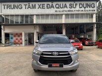 Cần bán gấp Toyota Innova 2.0E đời 2019, màu bạc Full Option , sơ cau chưa rớt -Giá cực Tố giá 730 triệu tại Tp.HCM