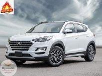 Hyundai Tucson Ưu Đãi ~20tr, Tặng Full Phụ Kiện, Xe Sẵn Đủ Màu Giao Ngay, Hỗ Trợ 90% giá 770 triệu tại Tp.HCM