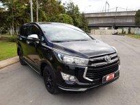 Cần bán gấp Toyota Innova Venturer đời 2018, màu đen Biển Sg - odo 63.000km giá 780 triệu tại Tp.HCM