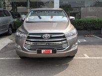 Bán ô tô Toyota Innova 2.0G AT năm 2017, màu Đồng Ánh Kim , biển sg chuẩn chỉ 72.000km , 720tr giá 720 triệu tại Tp.HCM