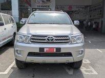 Cần bán xe Toyota Fortuner 2.7V 2 cầu đời 2011, màu bạc - Biển SG  mới chạy 84.000km giá 510 triệu tại Tp.HCM