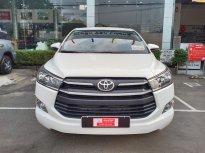 Cần bán gấp Toyota Innova 2.0E đời 2019, màu trắng giá 730 triệu tại Tp.HCM