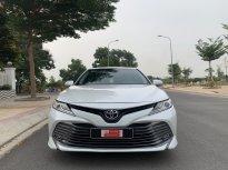 Cần bán  Toyota Camry 2.5Q đời 2019, màu trắng, nhập Thái Lan , Biển 93A - 52.000km giá 1 tỷ 260 tr tại Tp.HCM