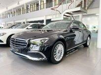 Cần bán gấp Mercedes E200 Exclusive đời 2021, màu đen giá 2 tỷ 310 tr tại Hà Nội