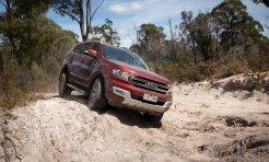 Khách hàng mua xe Ford mới tại Việt Nam sẽ được tặng dịch vụ cứu hộ miễn phí 24/7