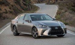 Lexus GS300 đứng trước nguy cơ bị khai tử do doanh số thấp
